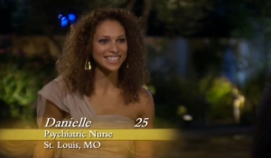 Danielle, 25