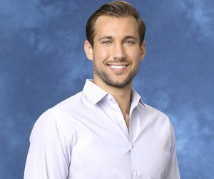 Marcus - 25, Sports Medicine Manager, Dallas, TX